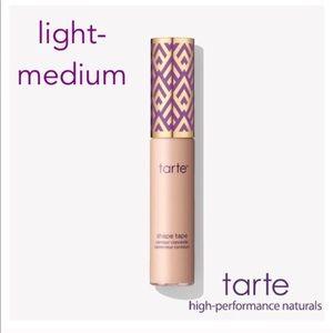 New TARTE shape tape concealer LIGHT MEDIUM